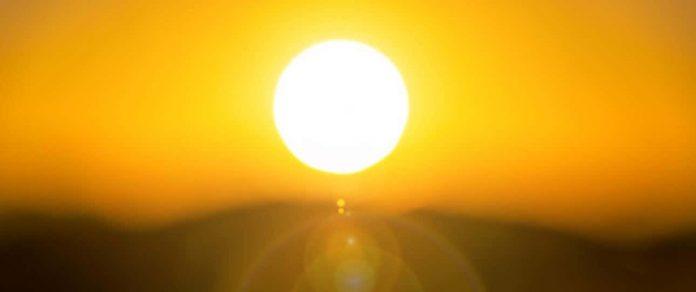 করোনায় মৃত্যুর সঙ্গে সূর্যের আলোর যোগসূত্র পেয়েছেন গবেষকরা